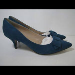 Unisa Teal Blue Faux Suede Heels With Bow, Size 8M